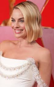 pictures of miss robbie many hairstyles why this is the most flattering haircut for every face shape and age