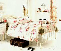 vintage inspired bedroom ideas inspiring diy room decor for cheap tumblr inspired bedroom ideas pic