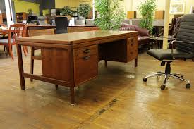 jens risom vintage mid century oiled walnut desk u2022 peartree office