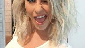 cute hairstyles for medium blonde hair cute hairstyle