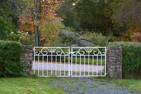 file garden gate klavrestroem jpg wikimedia commons