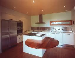 amenagement cuisine ilot central amenagement ilot central cuisine maison design bahbe com
