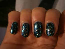 nail art studded dreams