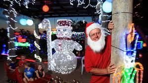 popular north brisbane christmas lights display and regular 4kq