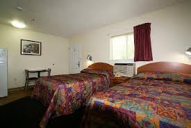 2 bedroom suites in houston intown suites houston intercontinental prices hotel reviews tx