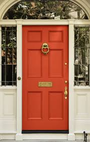 what color does a high wasp paint her front door for good feng