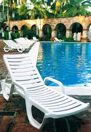 Chaise Lounge Pool Bahia Chaise Lounges Resin Chairs Pool Furniture Belson Outdoors