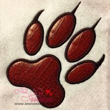 wolf paw print applique design