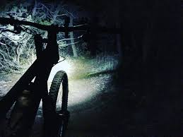 best mountain bike lights 2017 how to choose the best mountain bike lights 7 top lights
