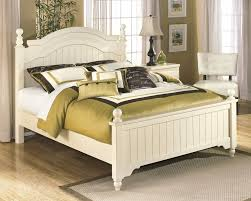 cottage retreat bedroom set cottage retreat queen full poster footboard b213 54n footboard