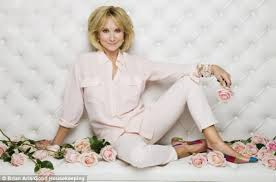 felicity kendal haircut how does botox free felicity kendal look this good at 67
