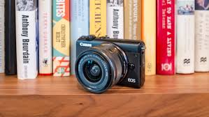 canon u0027s eos m100 is a mirrorless camera for the selfie generation