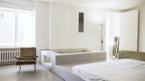 berlin tempelhof fuchsbau mit badewanne im wohnzimmer