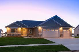 status custom built homes