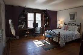 Trump Home President Trump U0027s Childhood Home In Queens Available On Airbnb
