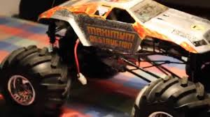 monster truck grave digger video rc grave digger maximum destruction monster trucks video special