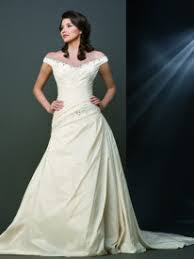 best wedding dress styles for the rectangle body shape and pear