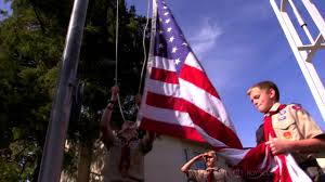 Flag Display Rules How To Display And Fold The American Flag Youtube