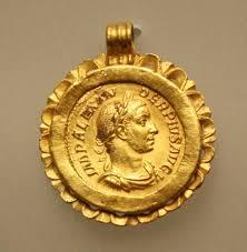 10 ancient gold jewellery pieces ancient history et cetera