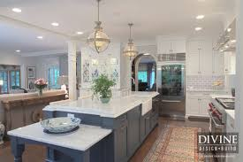 takeaway kitchen design adding pattern and color