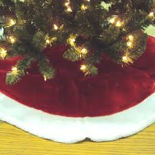 tree skirt plush with white trim tree
