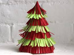 how to make christmas how to make a fringed christmas tree centerpiece how tos diy
