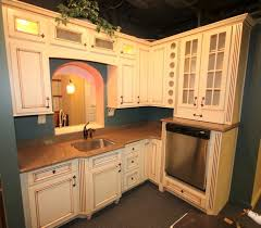 used kitchen cabinets pittsburgh leggett kitchen auction m davis auctions industrial
