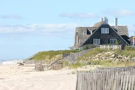Hampton Home Design Ideas by Tour Of The Hamptons An Aerial Tour Of The Richest Areas Of The