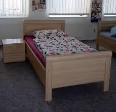 Schlafzimmer Mit Betten In Komforth E Evelyn Komfort Bett Polstermueller Aus Burgstädt