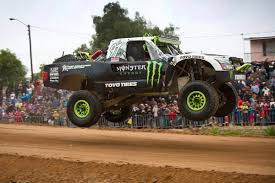 trophy truck teams rush compete championship