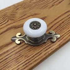 boutons et poign馥s de portes de cuisine antique bronze base blanc en céramique tiroir bouton armoire porte