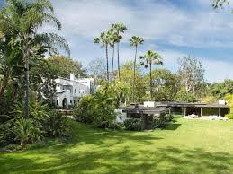 10 stunning celebrity beach homes vacay getaways hgtv u0027s
