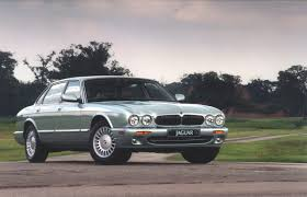 jaguar x308 xj8 sovereign and xjr review 1997 03