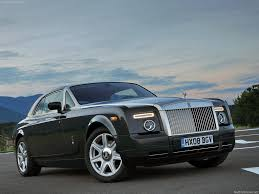 rolls royce phantom price brand battle bentley vs rolls royce