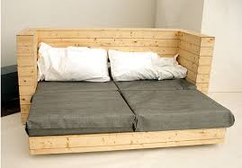 canapé lit palette canapé lit et bureau 3 pièces de mobilier à 1meuble en palette