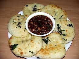 cuisine indienne naan food cuisine du monde recette de kulcha indien comme