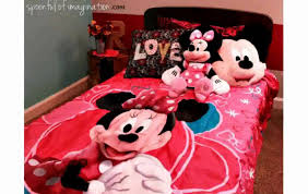 Minnie Mouse Bedding And Curtains by Minnie Mouse Room Decorations Youtube