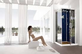 desain kamar mandi transparan kamar mandi kontemporer ciptakan pengalaman mandi sensasional