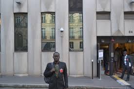 siege banque mondiale journaliste oumar kandé de l as devant le siège de la banque