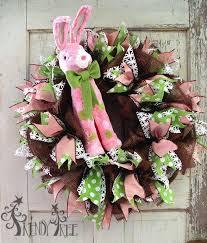 deco paper mesh easter wreath tutorial using chocolate deco paper mesh and raz