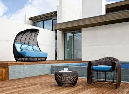 Outdoor Day Bed by Catch A Mid Day Nap On These Outdoor Patio Daybeds