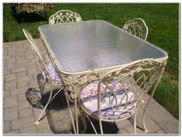 Antique Wrought Iron Outdoor Furniture by Wrought Iron Garden Furniture Great A White Wrought Iron Table