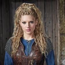 lagertha lothbrok hair braided vikings is coming back for season 4 katheryn winnick vikings