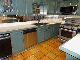 kitchen backsplash mirror kitchen design 20 photos best mirror mosaic kitchen backsplash