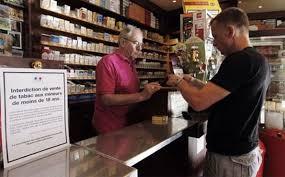 nombre de bureau de tabac en les français sont de plus en plus nombreux à fumer