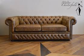 Pre Owned Chesterfield Sofa by Chesterfield I New In Old Style