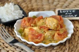 cuisiner la lotte au curry recette lotte au curry et au lait de coco
