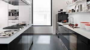 cuisine grise plan de travail noir cuisine noir plan de travail bois blanc idées de décoration