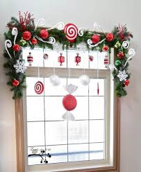 Home Decorating Ideas For Christmas Best 25 Christmas Window Decorations Ideas On Pinterest Window
