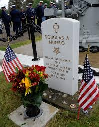 Grave Marker Flags Douglas Munro Memorial Ceremony Coast Guard All Hands